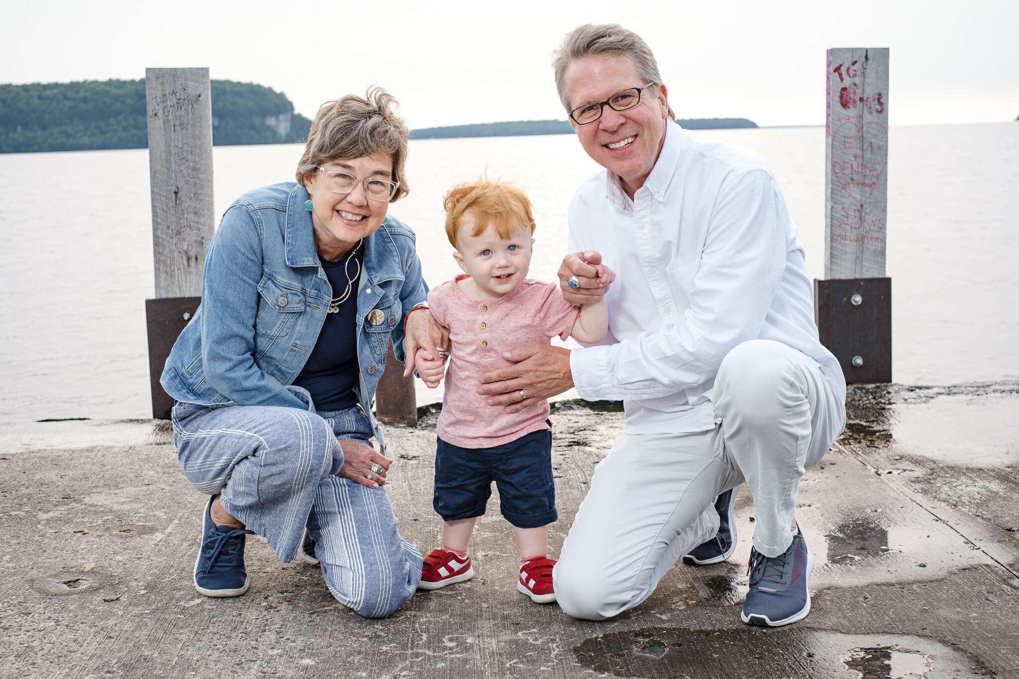 door county photographer, family photos, ephraim, anderson dock, door county family photographer