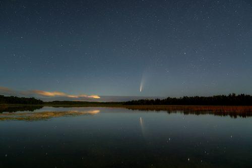 Comet Over Kangaroo Lake 2