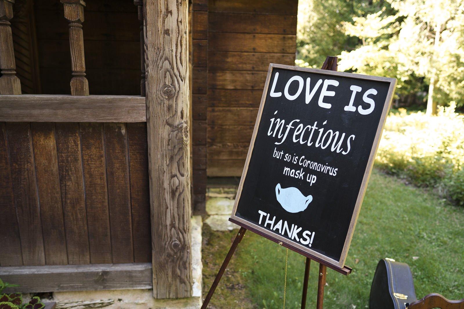 planning a safe covid wedding