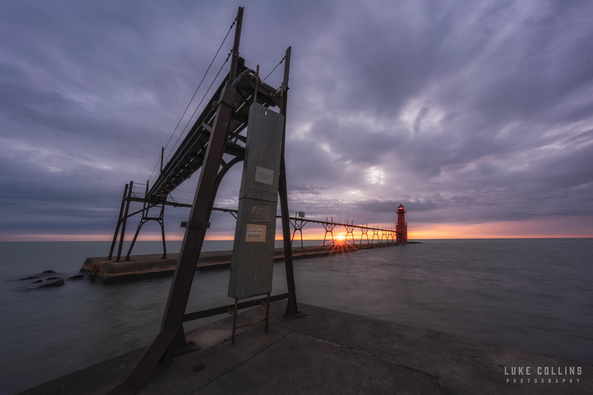 algoma, wisconsin, lake michigan, sunrise, lighthouse, pierhead lighthouse